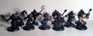 Chaos Cultists with Autopistols and close combat weapons - click to enlarge
