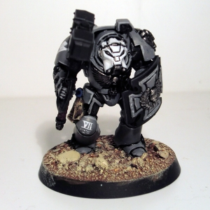 Terminator with Thunder Hammer and Storm Shield - click to enlarge