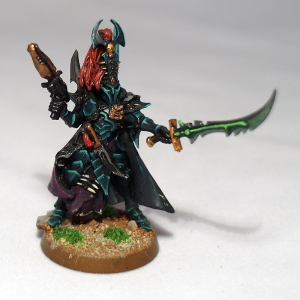 Dark Eldar Archon with Venom Blade and Blast Pistol - click to enlarge