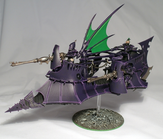 Dark Eldar Ravager - click to enlarge