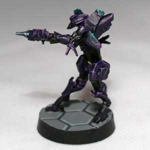 Dakini Tactbot with Combi Rifle - click to enlarge